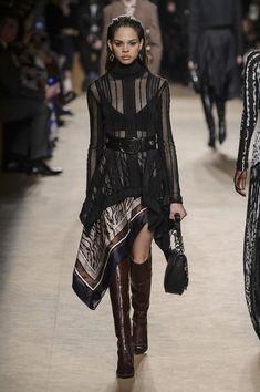 Roberto Cavalli At Milan Fashion Week Fall 2018 - The Most Beautiful Runway Dresses From Milan Fashion Week Fall 2018 - Photos