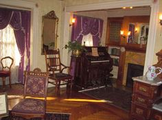 A Medium Told Sarah Winchester To Sell Her House | The Winchester House Has Over 160 Rooms And Is Haunted