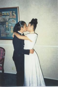 Aww.. Chris Perez and Selena