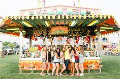 2016 BW Seniors Night at the Fair Photo By Brianna Wilbur Photography Fair Photography, Group Pictures, Friend Photos, High School Seniors, Wedding Portraits, Portrait Photographers, Pennsylvania, Carnival, Super Cute