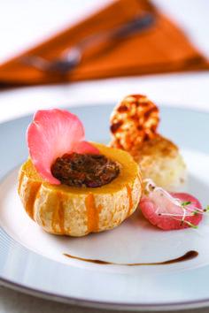 Prazeres da MESA  » Ragu de capote com macaxeira rosti recheada com queijo manteiga