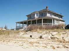 A summer home on the beach?? Yes, PLEASE!!