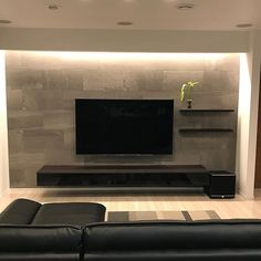 Home theaters minimalista (ism. Tv Console Design, Tv Wall Design, Living Room Tv, Interior Design Living Room, Living Room Designs, Modern Small House Design, Bedroom Tv Wall, Muebles Living, Tv Wall Decor