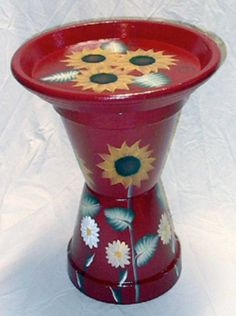DIY Painted Flower Pot Bird Baths - Projects, Tips & Creative Ideas DIY gemalte Blumentopf-Vogel-Bäd Painted Clay Pots, Painted Flower Pots, Hand Painted, Clay Flower Pots, Flower Pot Crafts, Bird Crafts, Clay Pot Projects, Clay Pot Crafts, Craft Projects
