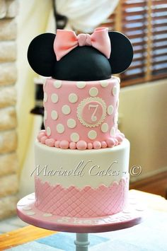 Pink Minnie Mouse Cake - by MarinoldCakes @ CakesDecor.com - cake decorating website