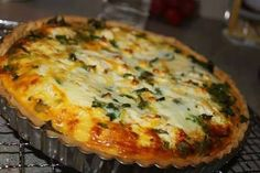 Savory Snacks, Savoury Dishes, Food Dishes, Quiche Recipes, Veggie Recipes, Cooking Recipes, Free Recipes, Kos, Spinach Feta Quiche