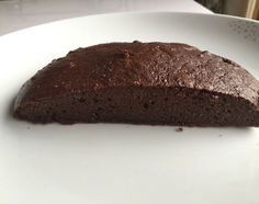Slimming slimming world weetabix chocolate brownies - I've started Slimming World from home and have lost a stone in a week. Here is the first recipe - Weetabix Chocolate Brownies. Weetabix Cake Slimming World, Slimming World Puddings, Slimming World Cake, Slimming World Desserts, Slimming World Recipes Syn Free, Weetabix Muffins, Weetabix Recipes, Chocolate Brownies, Love Food