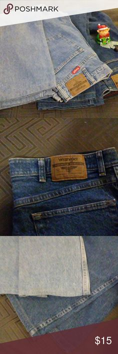 Wrangler Men's Jeans Medium wash men jeans. Size 34 but have been professionally hemmed.   Medium Wash: Size 34 x 26 Inseam: 26 inches Leg hem: 9 inches  Pre-owned No visible stains, holes or fraying Wrangler Jeans Relaxed