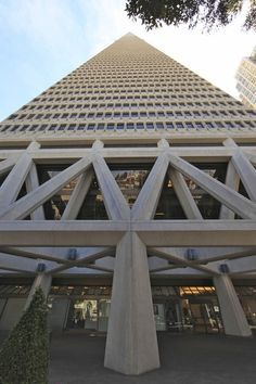 Transamerica Pyramid, San Francisco by Rey Flemings