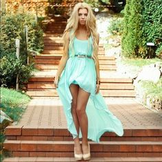 turquoise bridesmaid dresses with coral belts