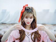 Sana-Twice Twicetagram Monograph Nayeon, Extended Play, Kpop Girl Groups, Kpop Girls, Twice Band, Sana Minatozaki, Best B, Lovely Smile, Dahyun