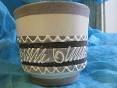 Mid Century Planter – Black & White – vintage Marei or Carstens West German Pottery – 1950s 1960s –WGP Fat Lava – B + W, grey, turquoise von everglaze auf Etsy