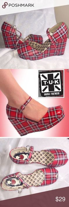 """Tuk Modcloth Tartan Plaid Platform Mary Janes 9 New without box – all man-made materials – 4.25"""" heel. Size 9 ModCloth Shoes Platforms"""