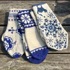 Blue And White Mittens, Ski Sweater, Keds, Hand Knitting, Weaving, Slippers, Socks, My Style, Crochet