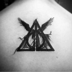 Harry Potter Tattoos for Men - Tätowierungsmann Harry Potter Tattoos, Harry Potter Symbols, Harry Potter Fan Art, Harry Tattoos, Future Tattoos, Love Tattoos, Body Art Tattoos, New Tattoos, Tattoos For Guys