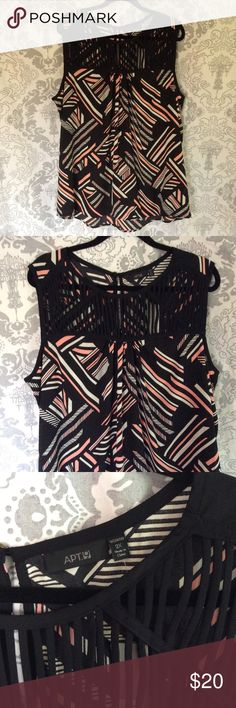 "🆕NWT Tunic Tank 🆕NWT Hi Low Tunic Tank Approximately 31"" length in Back, 29"" in front Apt. 9 Tops Tunics"