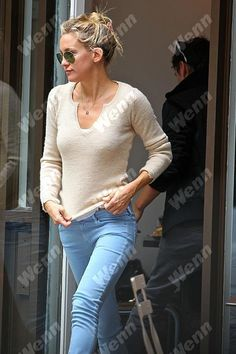 Kate Hudson always seems to know how to look beautiful even in her casual style. She rocked her AG Legging Ankle in Sulfur Crystal while out in London this past week!