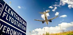 An airplane going to Helsinki-Vantaa airport, Finland. From this site you can find all sheep flying companies in Finland Travel Articles, Travel News, Helsinki Airport, Come Fly With Me, Finland, San Diego, Tourism, Airports, Airplane