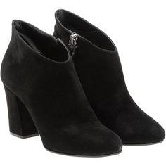 Miu Miu Ankle Boots (10.715 ARS) ❤ liked on Polyvore featuring shoes, boots, ankle booties, black, black ankle boots, high heel booties, suede ankle boots, suede ankle booties and black suede bootie