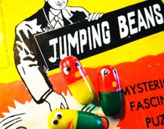 5pcs MAGIC JUMPING BEANS 1960s Plastic Novelty Toy