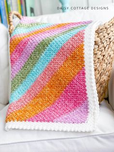 Use this linen stitch crochet pattern to create gorgeous crochet blankets for your next project. Quick and easy to make, this pattern is a great addition to your collection of free crochet patterns. Crochet Stitches For Blankets, Afghan Crochet Patterns, Baby Blanket Crochet, Crochet Baby, Free Crochet, Crochet Afghans, Moss Stich Crochet, Linen Stitch Crochet, Moss Stitch