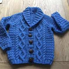 Baby Dress Patterns, Baby Knitting Patterns, Knitting For Kids, Loom Knitting, Cable Cardigan, Knitting Supplies, Baby Sweaters, Sweater Outfits, Little Babies