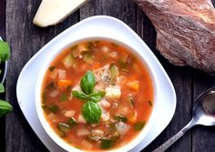 Beef Tagine, Beef Chorizo, Vegetable Soup Healthy, Cheeseburger Soup, Italian Soup, Corn Soup, Chowder Recipes, Beef Casserole, Broccoli And Cheese