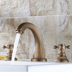 61.44$  Buy here - http://ali8s0.worldwells.pw/go.php?t=32610240185 - Luxury Antique Brass Bathroom Basin Faucet Cross Handles Vanity Sink Mixer Tap 61.44$