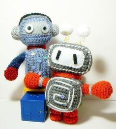 Crochet amigurumi pattern Retro Robots 2 amigurumi by TGLDdoll $4.75