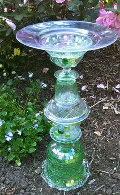 DIY Upcycled Birdbath using Vintage Glassware | Outdoor