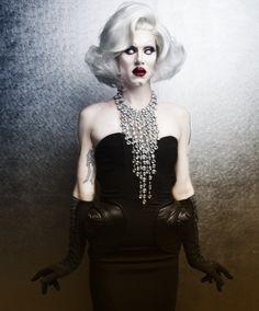 Sharon Needles giving 'Marilyn Monroe Zombie' Realness! ❤