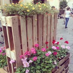 Arredo urbano Torino con pallet riciclati