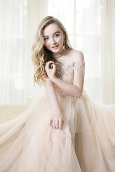 Sabrina Carpenter On Playing Maya Hart: 'She's A Force To Be Reckoned With': Photo Sabrina Carpenter looks like holiday royalty on the December 2016 cover of Cliche Magazine. The Girl Meets World actress opened up about… Sabrina Carpenter, Flower Girl Dresses, Prom Dresses, Formal Dresses, Wedding Dresses, Hollywood Records, Girl Meets World, Famous Singers, Disney Stars