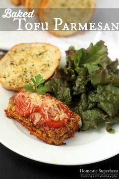 Baked Tofu Parmesan- Use breading method w/ cauliflower alfredo sauce Parmesan Recipes, Tofu Recipes, Vegetarian Recipes, Healthy Recipes, Vegetarian Bowl, Vegetarian Dinners, Vegan Food, Healthy Food, Tofu Dishes