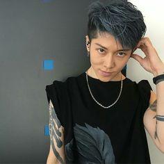 Japanese Hair Color, Rock Hairstyles, Harajuku, Chor, Japanese Hairstyle, Hair Reference, Visual Kei, Cut And Style, Blue Hair