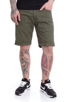 4790642d199a Carhartt WIP - Swell Witchita Rover Green Rinsed - Shorts - Streetwear Shop  - Impericon.com Worldwide
