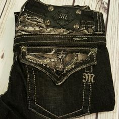 NWOT Black Wash Miss Me Skinny Jeans Size 26 NWOT Black Wash Miss Me Skinny Jeans Size 26 inseam 33 inches. Double button closure, pockets are sequined in gunmetal sequins and have added touch of softness too them in the detailing. Great addition to any wardrobe. Miss Me Jeans Skinny