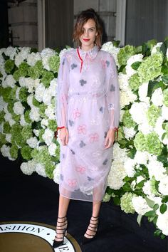 Alexa Chung Olivia Palermo, Kate Moss, Girl Fashion, Fashion Dresses, Womens Fashion, Alexa Chung Style, Geek Chic, Cute Woman, Her Style