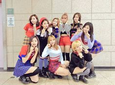 [TWICE TWITTER UPDATE] 5주 동안 참 즐거웠다. 그죠 원스 여러분? 하지만 아직 활동이 끝난 것이 아니라는거! TWICE TV4도 있고 스타캐스트도 있고 V도 있고 MAMA도 있고..추운 겨울을 트와이스와 함께 따뜻하게 보내세요! TRANSLATE(eng): We enjoyed ourselves over the past 5 weeks . ONCEs  is that right ? However  it is not the end of our promotions ! There is TWICE TV4  Starcast  V as well as MAMA.. Spend the cold winter warmly together with TWICE ! #TWICE #ONCE #TWICETT  #JYP  #oneinamillion  #Kpop  #Jypentertainment #Tzuyu #Mina #Sana #Momo #Jihyo #chaeyoung #Nayeon…