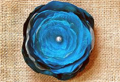 Organza Flower Tutorial, in case I get tired of crocheting flowers - MP Organza Flowers, Faux Flowers, Diy Flowers, Fabric Flowers, Paper Flowers, Fabric Ribbon, Fabric Art, Fabric Crafts, Sewing Crafts