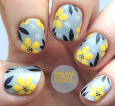 Cute Nail Art Ideas to Try - Nailschick Yellow Nails Design, Yellow Nail Art, Beautiful Nail Designs, Beautiful Nail Art, Nail Art Designs, Nail Art Blog, Flower Nail Art, Halloween Nails, Halloween Photos