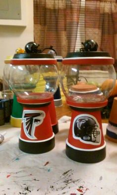 Falcon candy dish Falcons Football, Gumball, Candy Dishes, Christmas Ideas, Crafty, Sports, Hs Sports, Sport