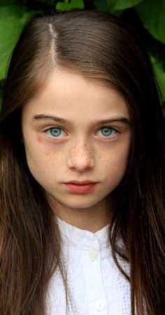 Raffey Cassidy, Actress: Snow White and the Huntsman. Raffey Cassidy is an actress, known for Snow White and the Huntsman (2012), Dark Shadows (2012) and Molly Moon: The Incredible Hypnotist..