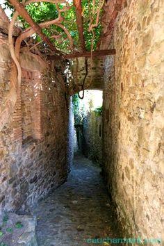 Pueblos con encanto en la Costa Brava. Sant Martí Vell, Baix Empordà.