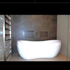 Love this bath tub!