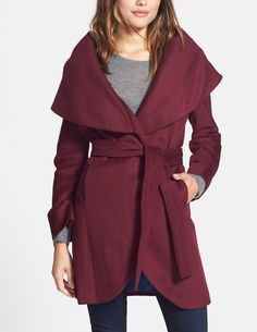 This cozy wrap coat adds color and style to the fall wardrobe. Simply pair with jeans and a tee to complete the look!