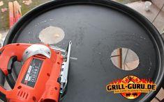 Ugly Drum Smoker - selber bauen - grill-guru.de Uds Smoker, Ugly Drum Smoker, Dutch Oven, Being Ugly, Videos, Drums, Food And Drink, Bbc, Charcoal