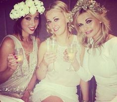 REAL LIFE HEN PARTIES: LIFELUSTHAVES - When we spotted fashion blogger, Nessa's hen party on Instagram, we went all weak at the knees. Flower crowns, sparkly dress and glasses of bubbly, what more co