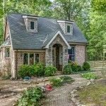 The perfect place to recharge and unwind...Storybook Cottage in Leiper's Fork.  http://discoveringfranklin.com