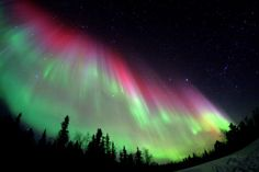 Best places to view the Aurora Borealis Beautiful Sky, Beautiful World, Beautiful Places, Layers Of Atmosphere, See The Northern Lights, To Infinity And Beyond, Pics Art, Night Skies, Wonders Of The World